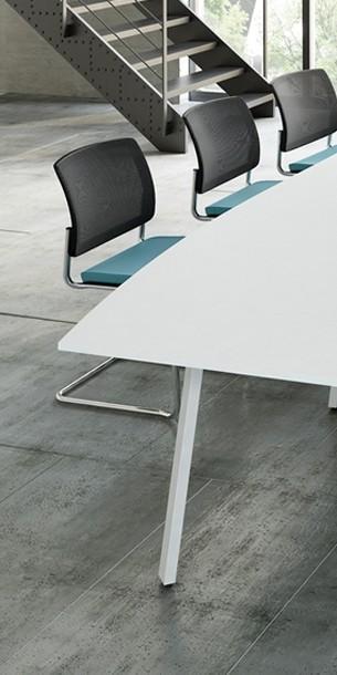 MEETING – nábytok do rokovacích miestností a konferenčných sál