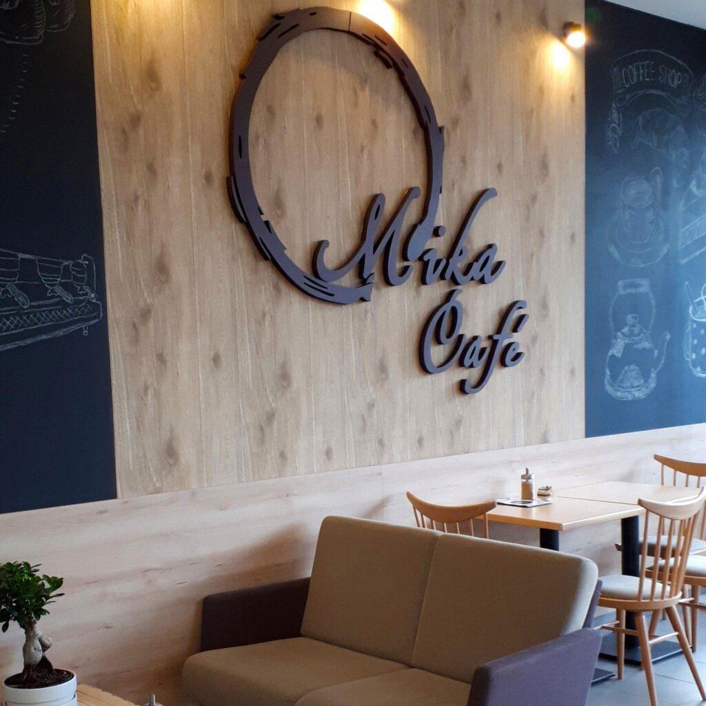 Návrh a realizácia interiéru MiKA Cafe v Prievidzi