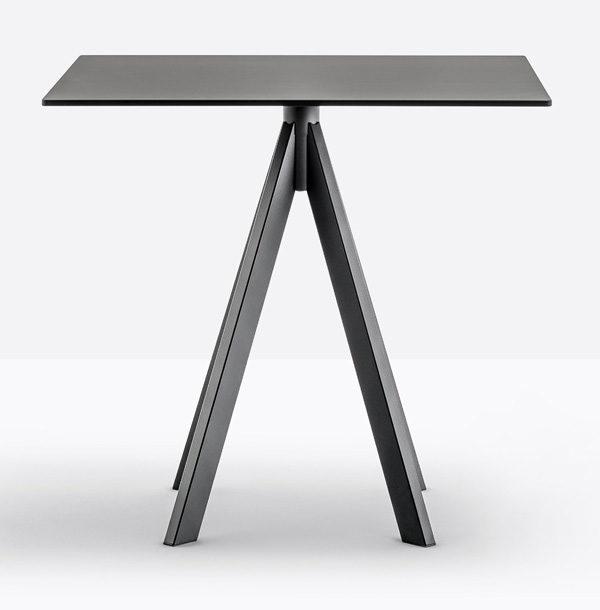 PE-Arki 4-stolová noha