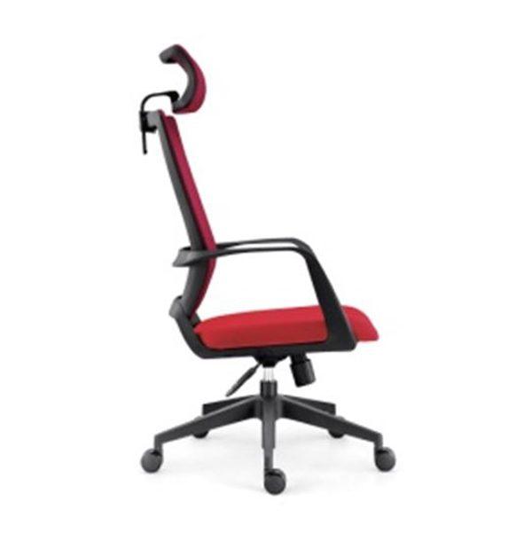 Kancelárska stolička YU-0816H(D+TW) v červenej farbe otočená zboku.