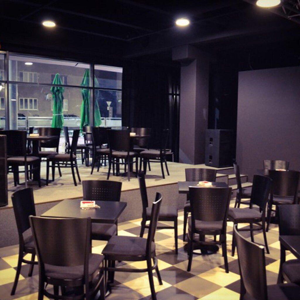 Kaviareň Music a Cafe, Trnava