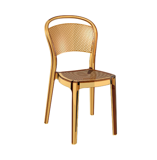 Polykarbonátová stolička SI-Bee v jantárovej farbe otočená spredu