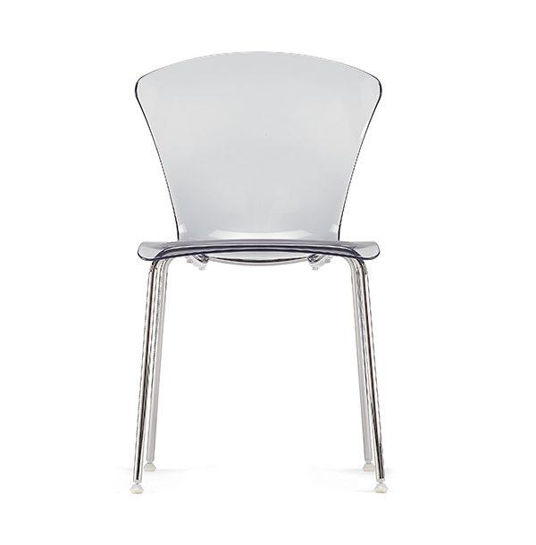 Stolička OMP-Glossy transparentná otočená spredu.